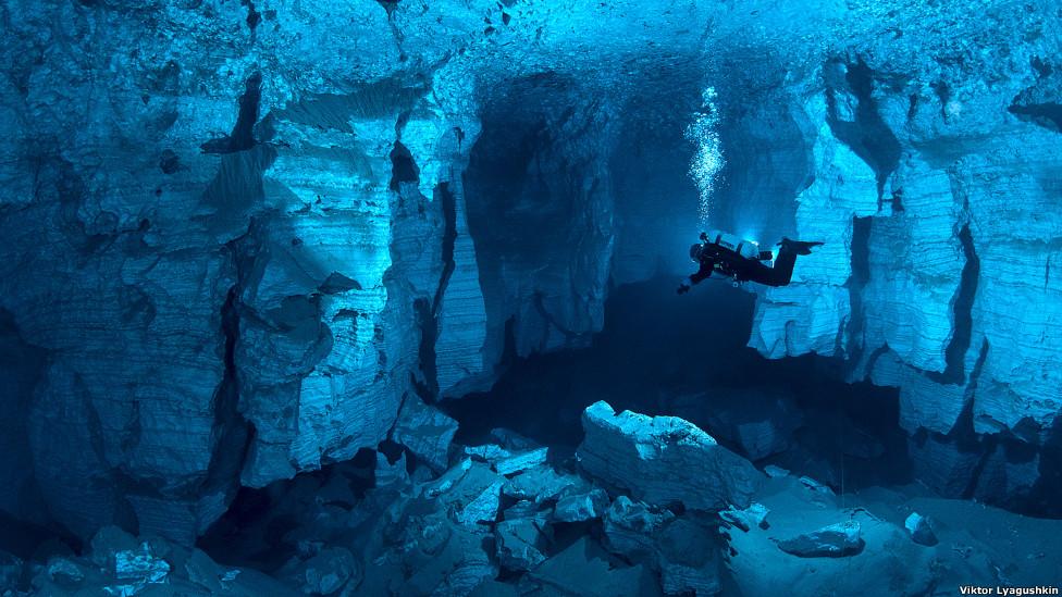 mergulho-em-caverna