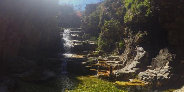 Screenshot-2017-10-19-Paraíso-Perdido-Capitólio-Viajando-com-Sy
