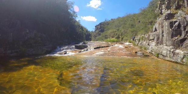 Screenshot-2017-10-19-Paraíso-Perdido-Capitólio-Viajando-com-Sy1